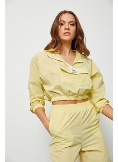 Setre Lila Kapüşonlu Crop Bluz Sarı